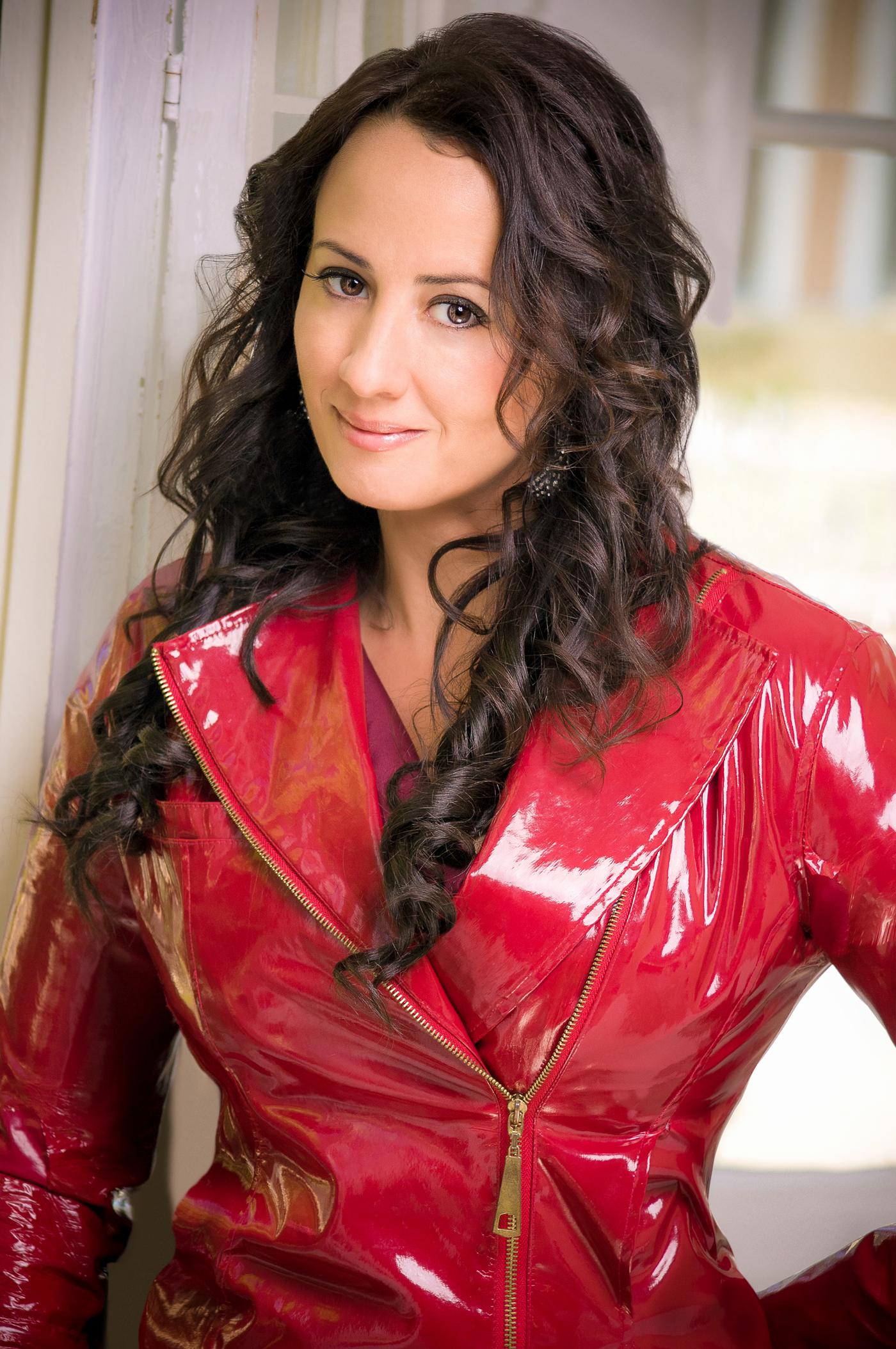 Shana Blake Hill, soprano
